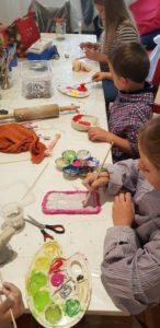 Keramikmalen im Ferienprogramm